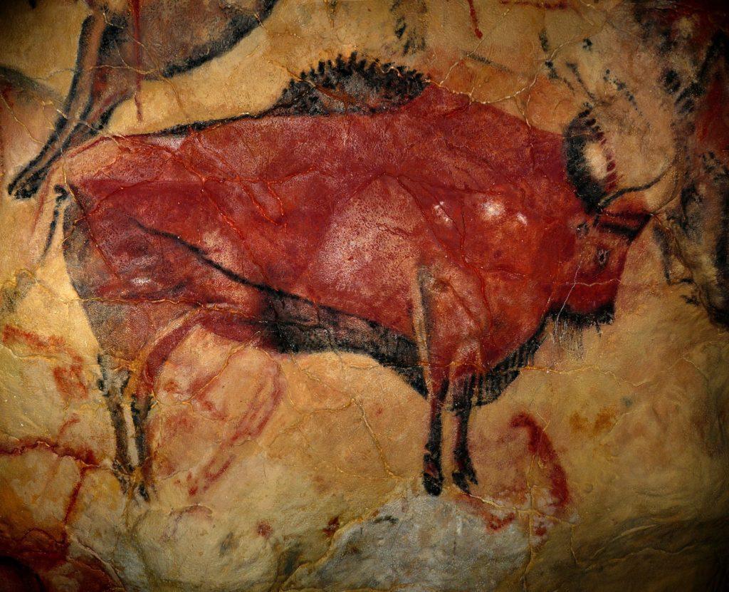 Bison peint sur les murs d'une grotte